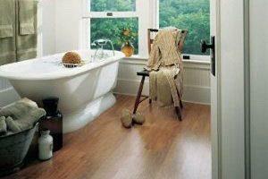 Bathroom with vinyl or laminate floors