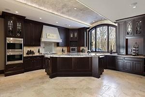 kitchen with large sized porcelain tile