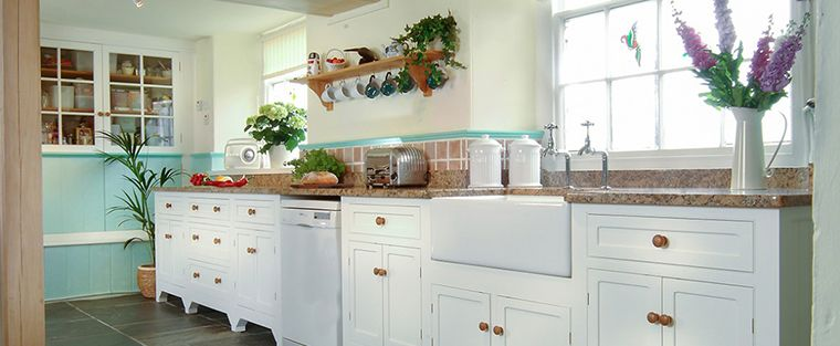 Freestanding Kitchen Cabinets: The Old Made New