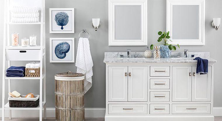 matching bath towels/seashells/decorative soaps on vanity